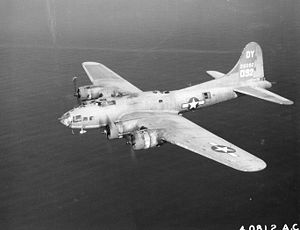 "Boeing B-17F ""Flying Fortress"" der USAAF"