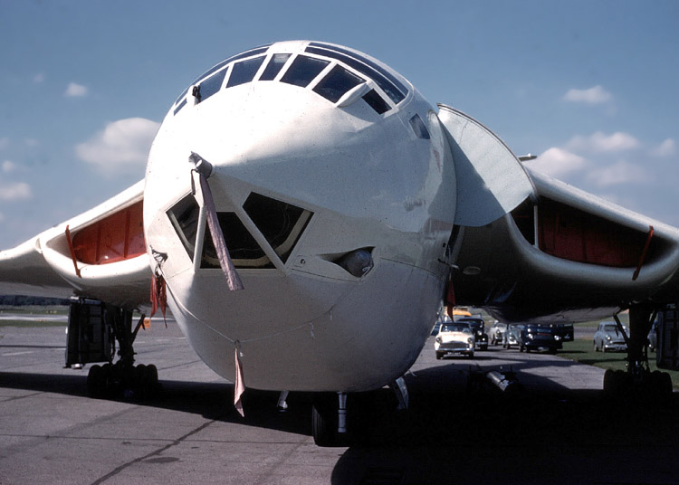 Image result for Handley Page Victor nase